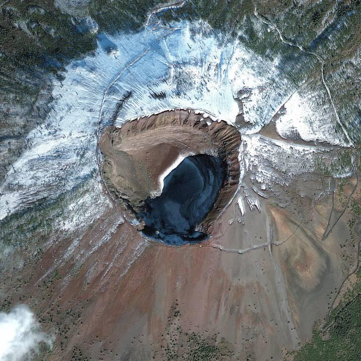 Monte Vesubio | digitalglobe.com