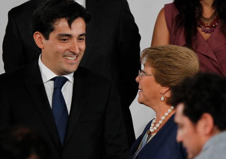 Rodrigo Peñailillo y Michelle Bachelet| Mario Dávila/Agencia UNO