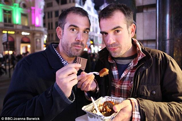Al final de la dieta los hermanos comen los alimentos que se perdieron | Daily Mail