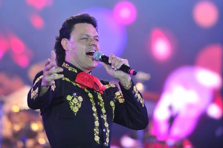 Pedro Fernández   TVN (C)