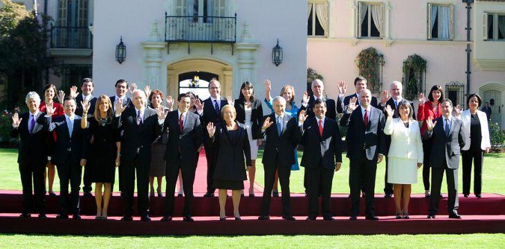 En el Palacio presidencial de Cerro Castillo se llevo a cabo la tradicional fotografia Oficial del Gabinete ministerial de la Presidenta Michelle Bachelet. | RAUL ZAMORA/AGENCIAUNO