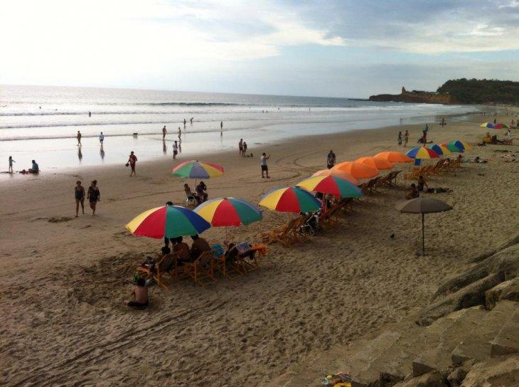 Playa de Montañita | Solange Garrido (BBCL)