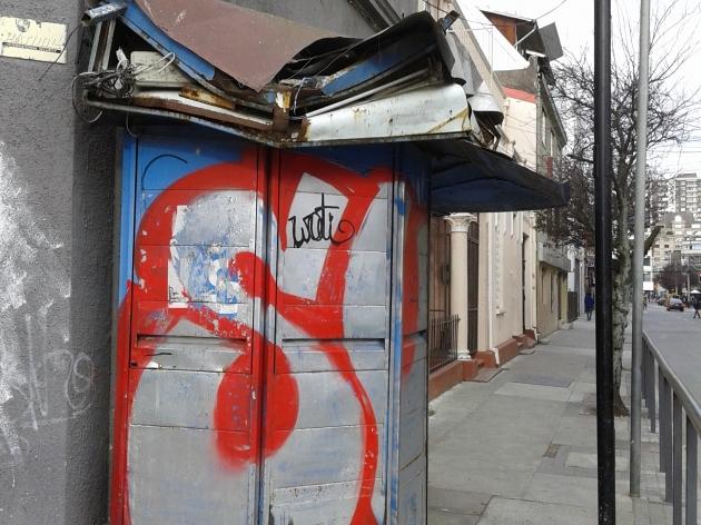 Kiosko en desuso | paulette fonteneau