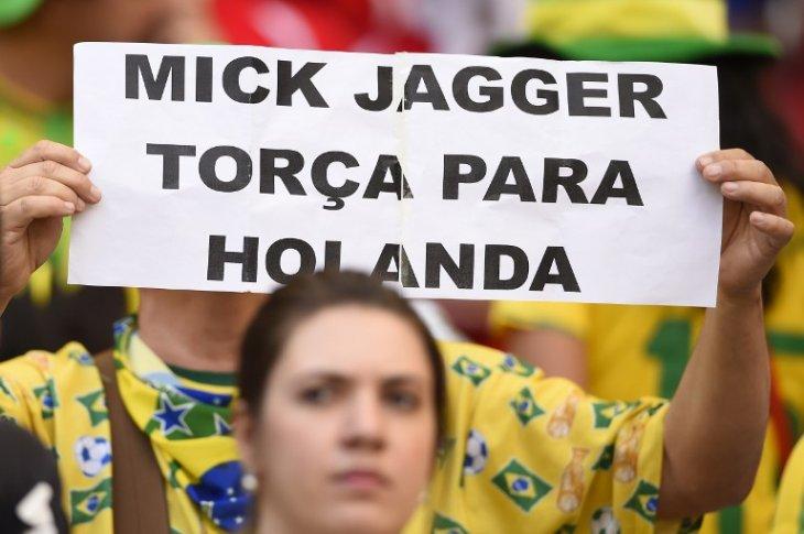 """Mick Jagger apoya a Holanda""  dice un hincha brasilero   AFP"
