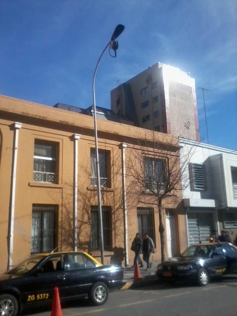 Poste de alumbrado público en Concepción