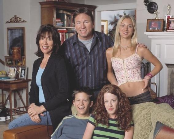 John Ritter (arriba, al centro) | IMDB