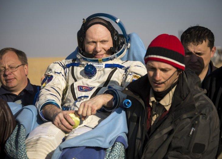 Ingeniero de vuelo Oleg Artemyev / AFP
