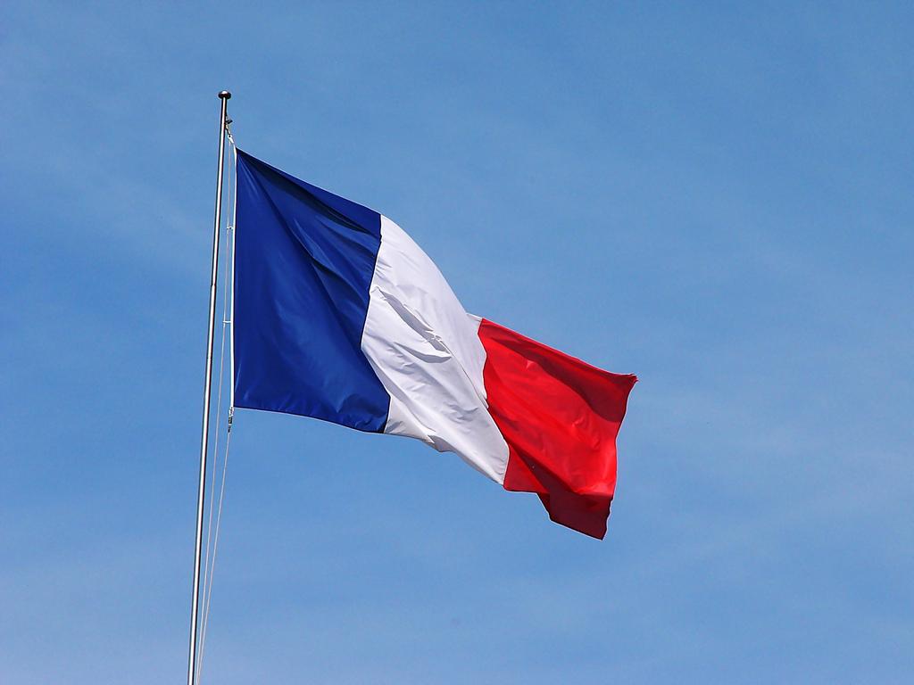 Francia Reduce Los Efectivos De Sus Fuerzas Armadas Por