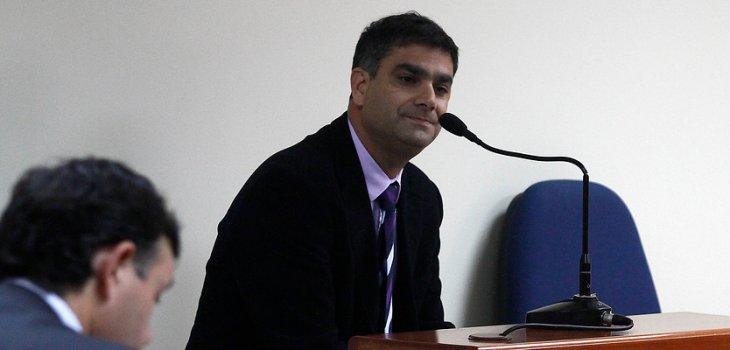 Carlos Eugenio Lavin Subercaseaux   Francisco Castillo   Agencia UNO