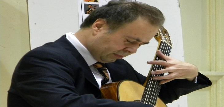 Romilio Orellana (C)