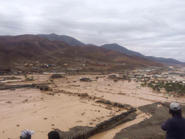 Nuevo aluvión en Taltal   Anita Ordenes   @lanitamarichole