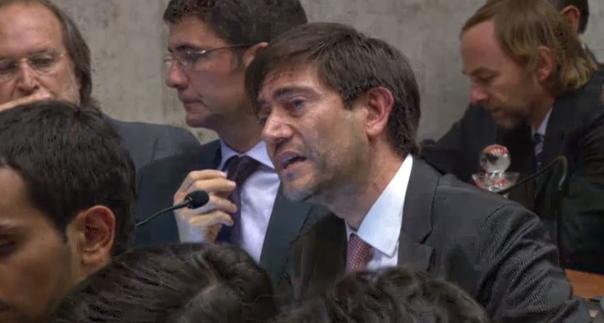 Julián López, abogado de Carlos Délano y Carlos Lavín
