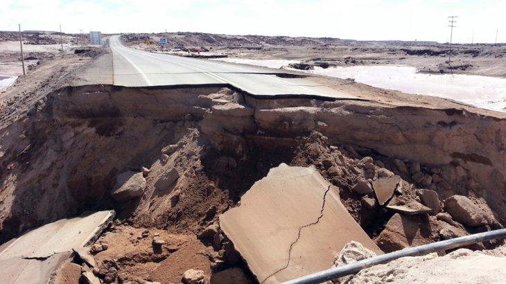 Socavón en Chacabuco | Seremi Obras Públicas Antofagasta