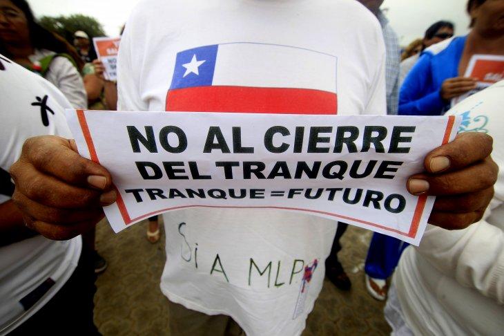 """""""Tranque = Futuro""""  fue uno de los mensajes en la protesta  Agencia UNO"""