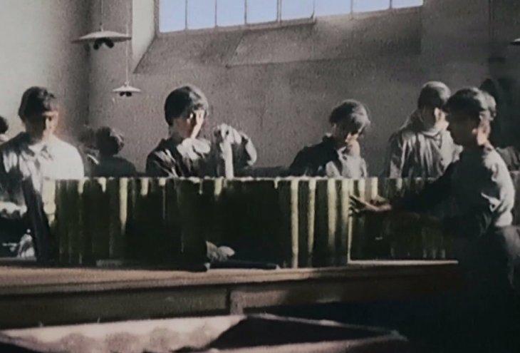 Mujeres francesas en fábrica de municiones