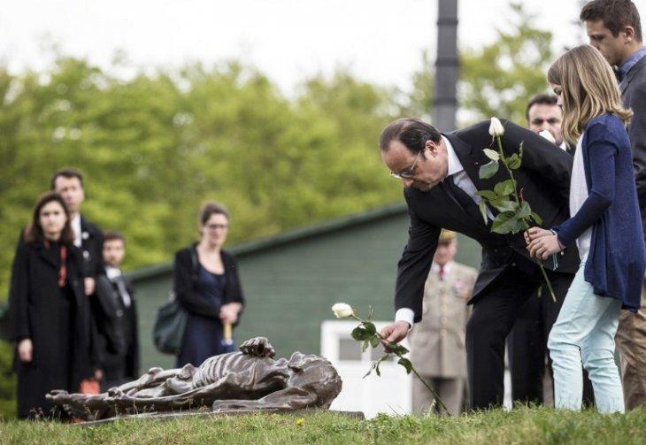 Presidente francés en un memorial | AFP