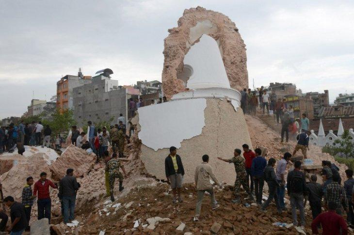 Histórica torre Dharahara colapsada por terremoto | AFP
