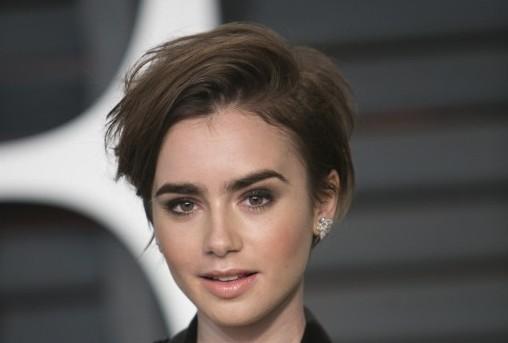 Su look en los Oscars  | Adrián Sánchez González | AFP