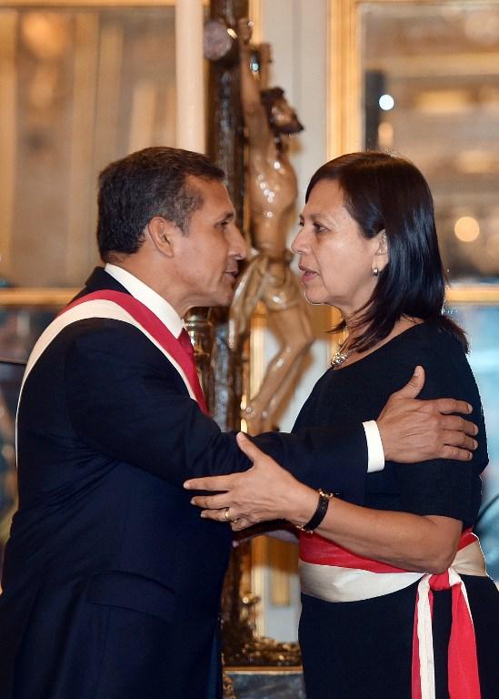Humala junto a la nueva canciller, Ana Maria Sanchez | AFP