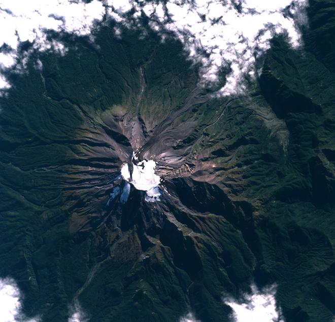 Calbuco antes de la erupción |FACh