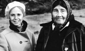 Anne Chapman y Ángela Loij (1969)