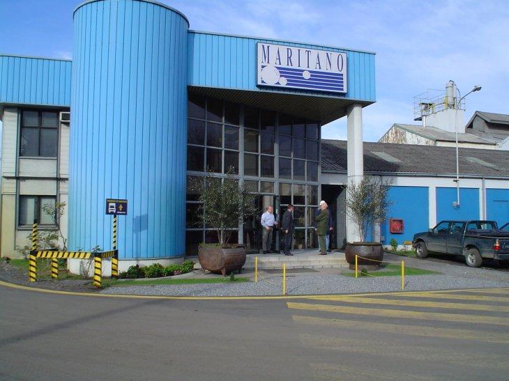 Frontis fábrica Talcahuano | Archivo Pablo Maritano