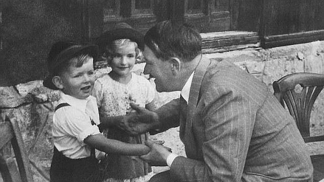 Gerhard y Hitler