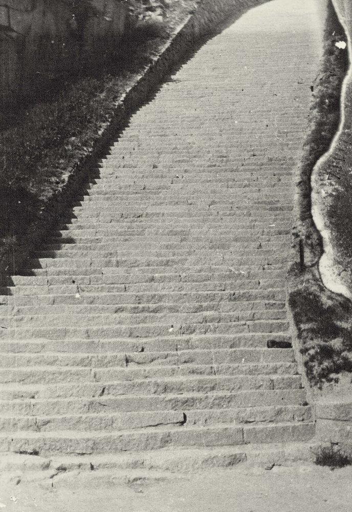 Escalera de 186 peldaños de cantera de Mauthausen donde murieron cientos de prisioneros | Francisco Boix
