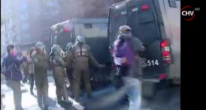 Carabinero herido | Captura Chilevisión
