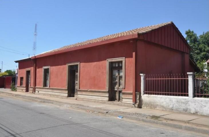 Frontis casa Violeta Parra (C)