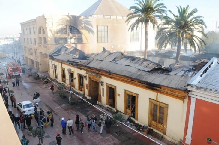 Gran parte de la Casa Piñera quedó destruída tras el voraz incendio | Diario El Día