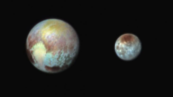 Plutón y su luna Caronte   NASA