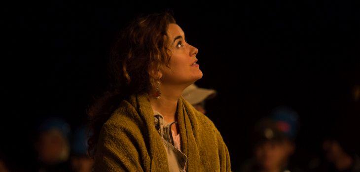 Cote De Pablo como mujer de uno de los mineros | 20th Century Fox / Los 33