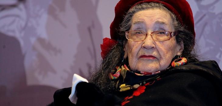Margot Loyola, foto de Pedro Cerda, Agencia UNO (c)