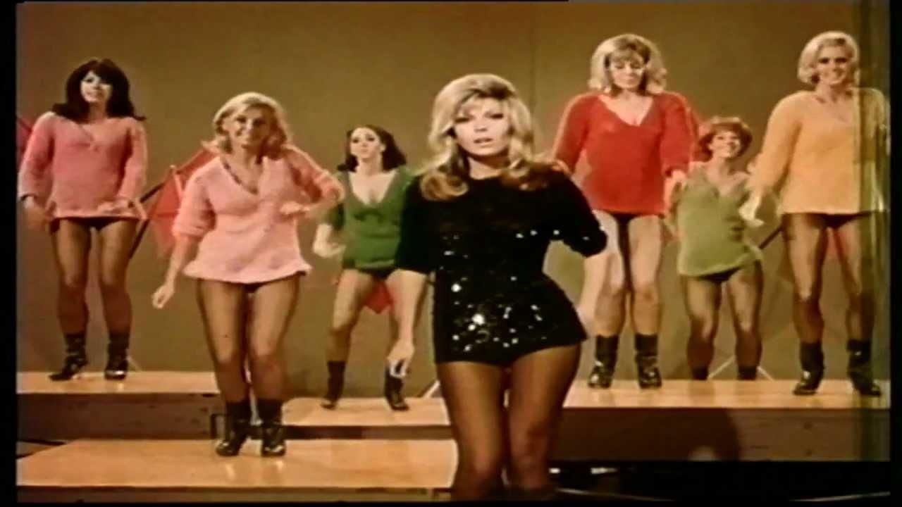 fbd1b03a3 La historia de la minifalda: La prenda que revolucionó el estilo ...