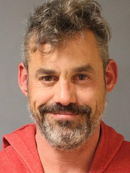 Foto de la Policía de NY a Nicholas Brendon tras detención.