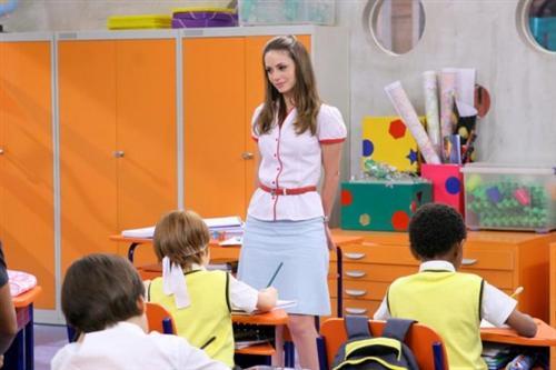 Gostosa na sala de aula - 1 9