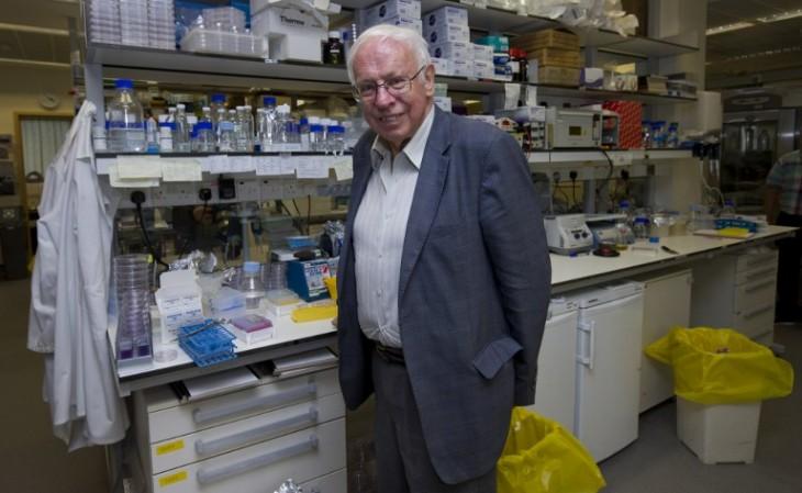 Tomas Lindahl, director emérito del Centro de Investigación de Cáncer en Reino Unido | AFP