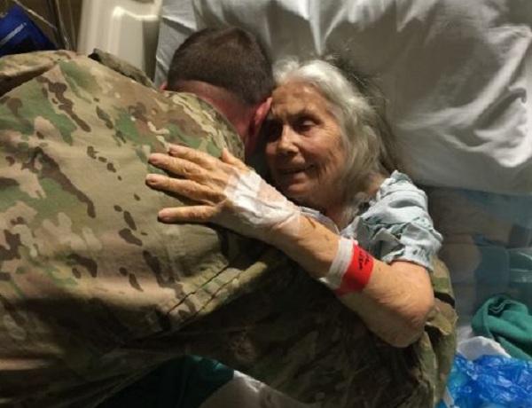 Facebook - Fort Hood's Hug Lady