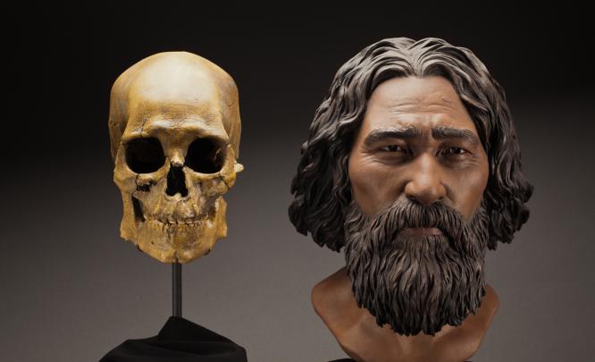 El esqueleto del hombre de Kennewick y una reconstrucción de su rostro / Brittney Tatchell, Smithsonian Institution