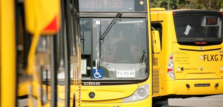 Buses operados por STP Santiago / Archivo | David Von Blohn | Agencia Uno