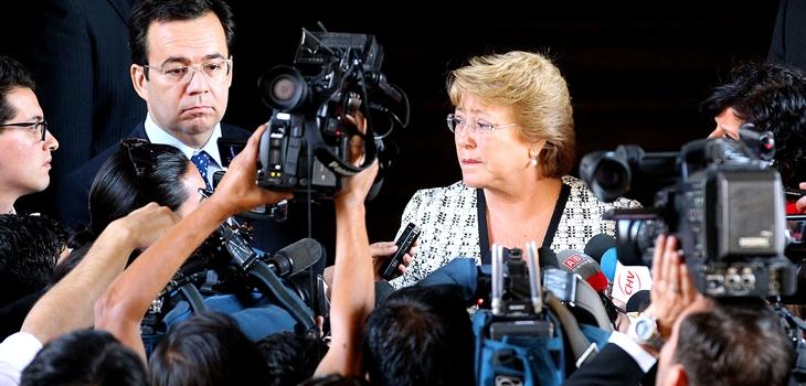 Presidenta en un punto de prensa en La Moneda | Archivo | Agencia Uno