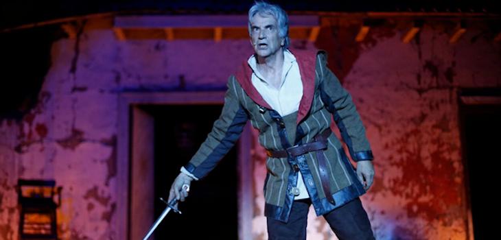 Francisco Reyes realizaba la obra 'Yorick, la historia de Hamlet'