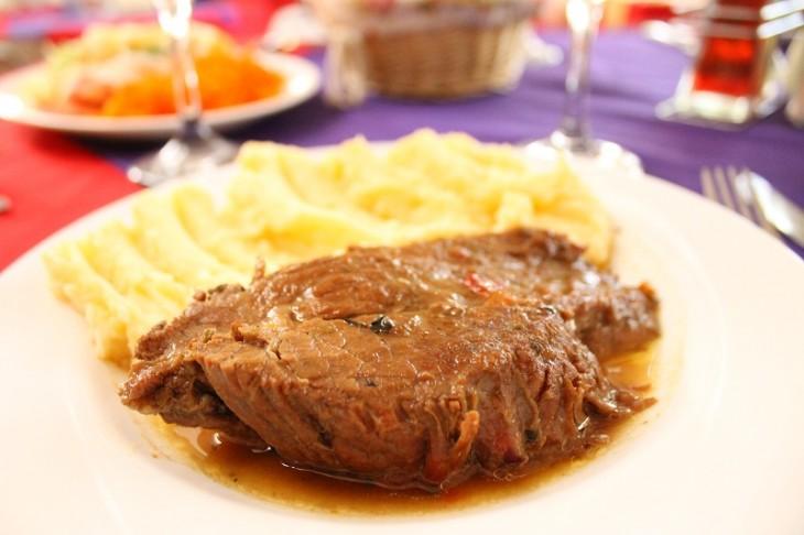 Carne Mechada con Puré | BBCL