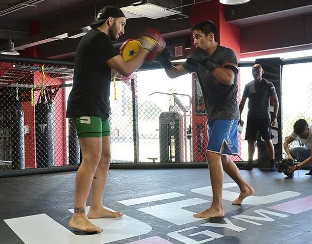 Rivas practicando con 'Wasabi' Marín | Pulpo PR