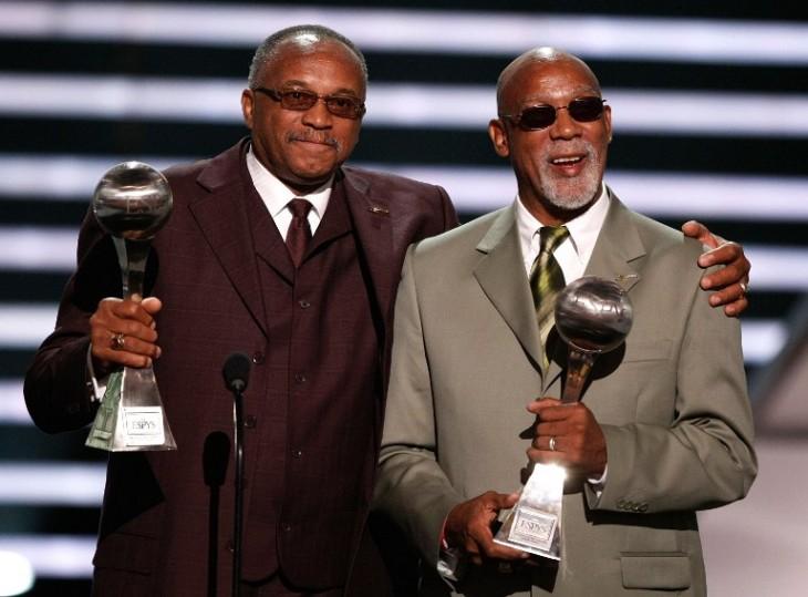 Smith y Carlos reciben premio 'Arthur Ashe' al coraje, en los ESPY 2008 | Archivo | AFP