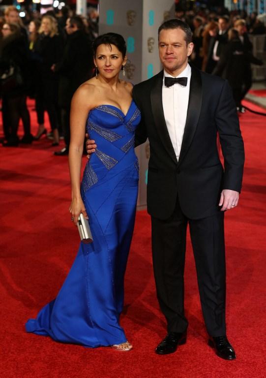 Matt Damon (y su esposa Luciana Barroso | AFP