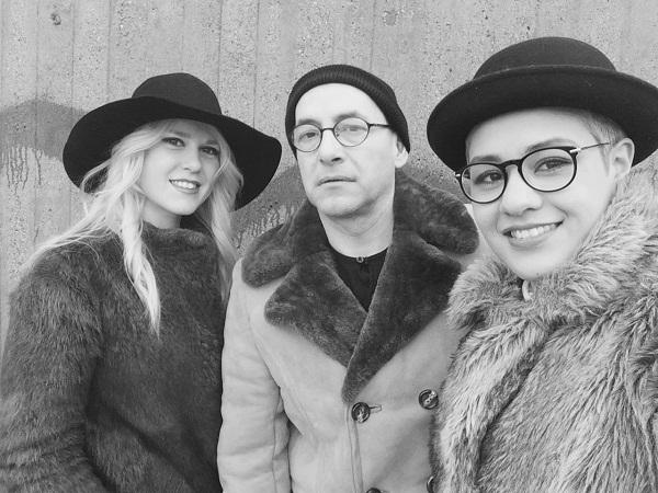 Claxon, Emma & Natt