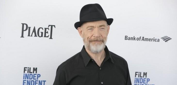 JK Simmons interpretará al comisario Gordon en la nueva saga.