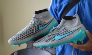 Zapatos de Enzo Roco I El Ovallino